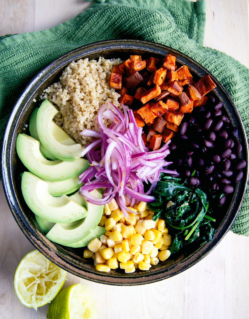 Mexican Vegetable Bowl with Quick Pickled Onions | occasionallyeggs.com