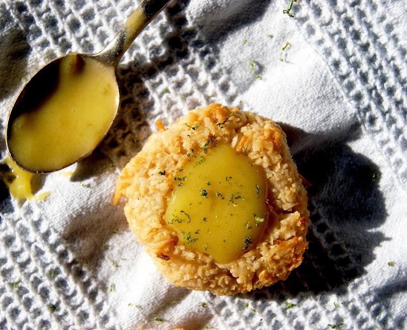 Coconut Lime Thumbprint Cookies   occasionallyeggs.com #dairyfree #glutenfree