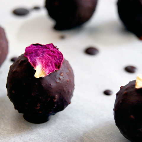 Healthy Marzipan with Raw Chocolate | occasionallyeggs.com