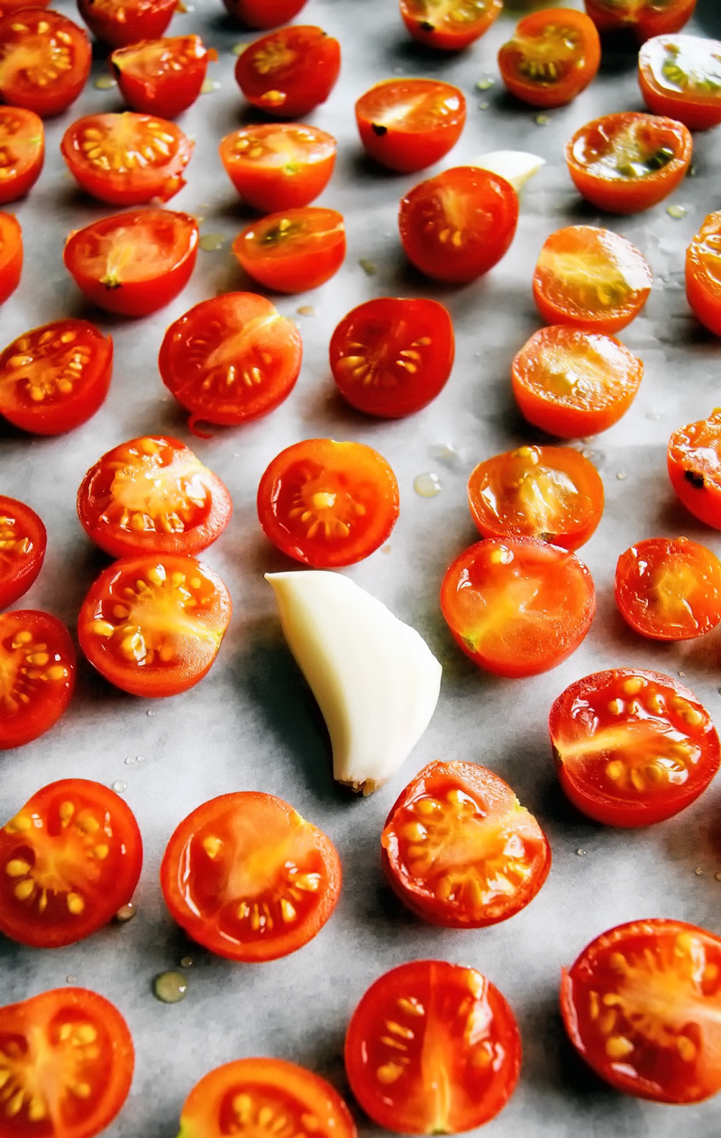 Slow Roasted Tomatoes | occasionallyeggs.com