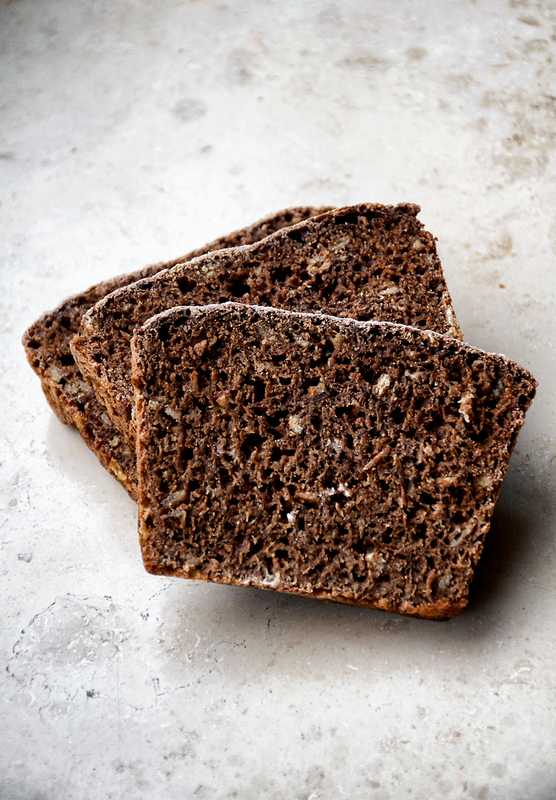 Easy Overnight Dark Rye Bread | occasionallyeggs.com