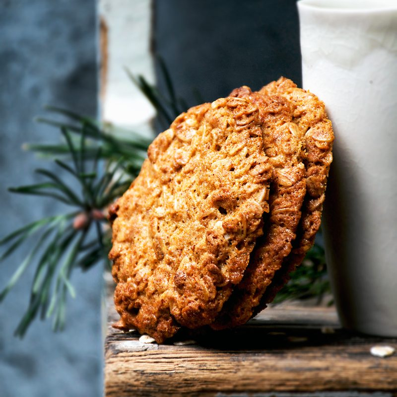 Honey and Oat Cookies | occasionallyeggs.com