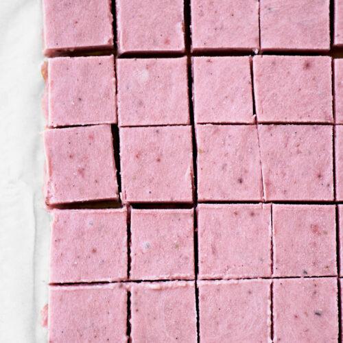 Strawberry Tahini Freezer Fudge | occasionallyeggs.com