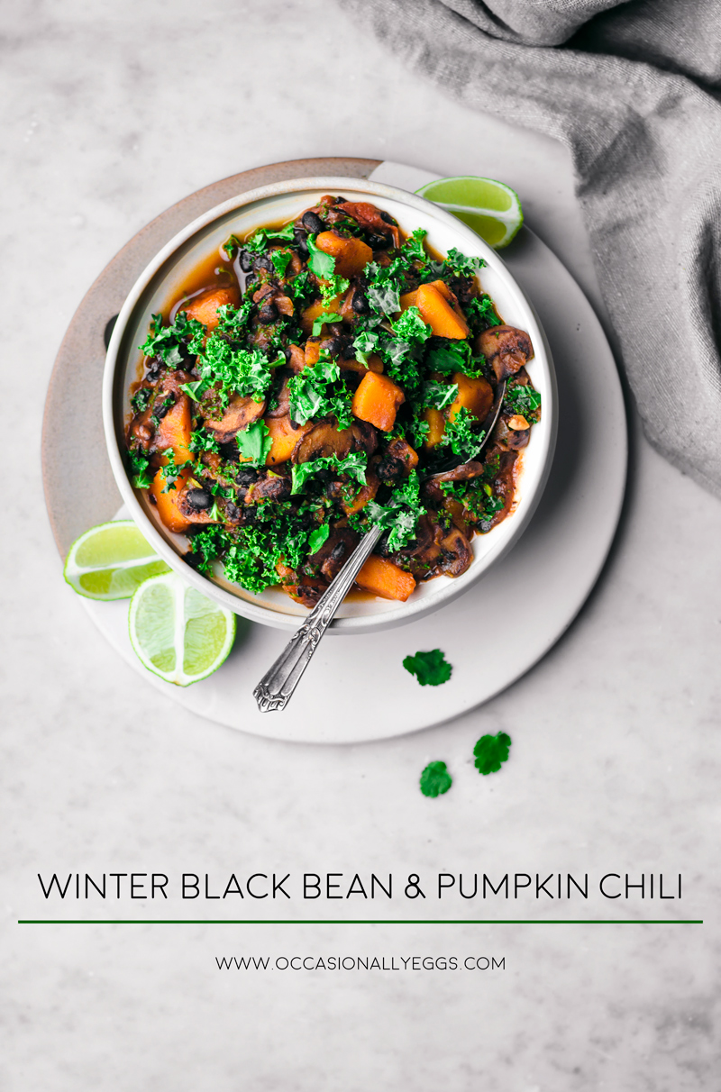 Winter Black Bean and Pumpkin Chili | occasionallyeggs.com #winterfood #veganrecipes #healthy