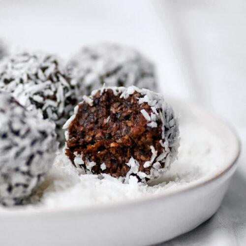 Chocolate Coconut Bliss Balls | occasionallyeggs.com