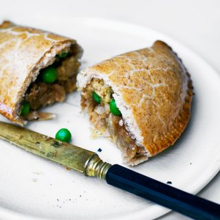 Leek and Caramelized Onion Pasties | occasionallyeggs.com