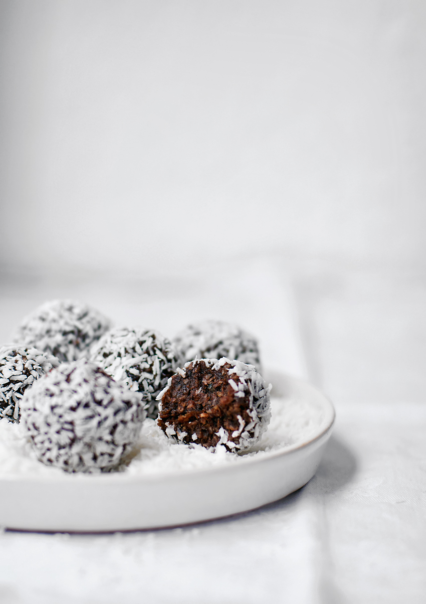 Chocolate Coconut Bliss Balls | occasionallyeggs.com