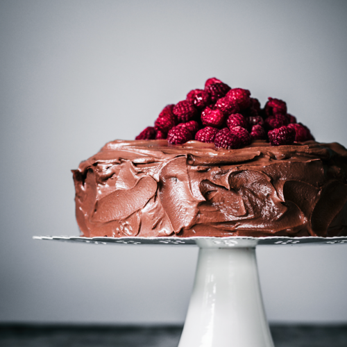 Vegan Chocolate Raspberry Cake | occasionallyeggs.com