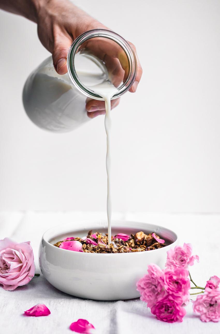 Almond, Rose, and Cardamom Granola | occasionallyeggs.com