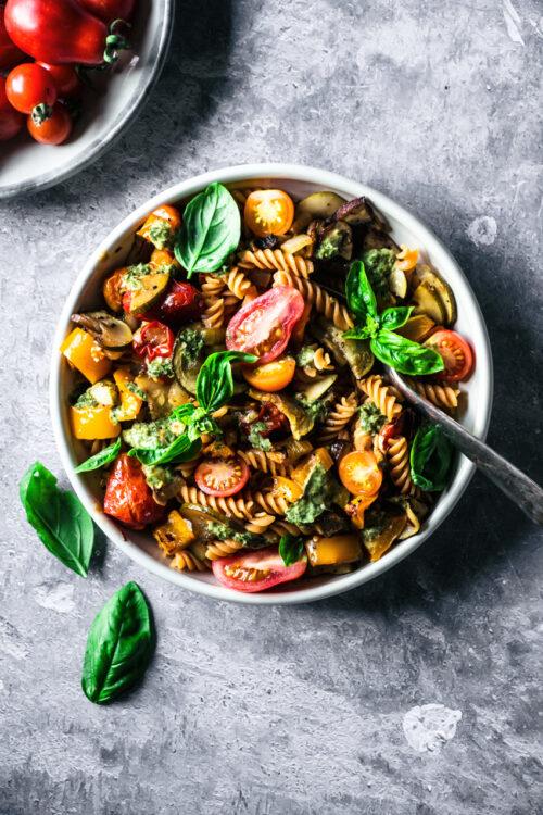 Roasted Summer Vegetable Pasta | occasionallyeggs.com