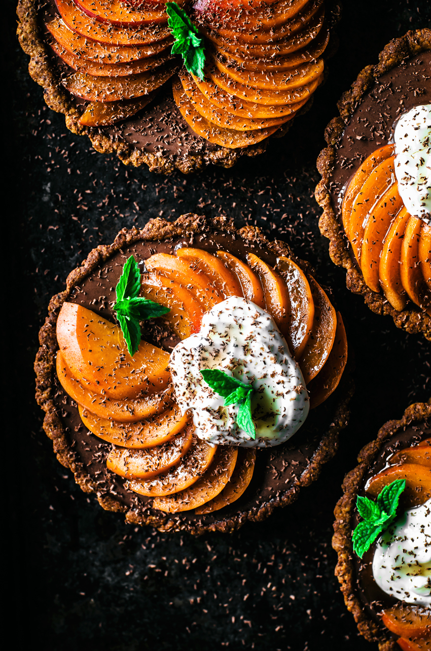 Vegan Chocolate Tarts with Apricots | occasionallyeggs.com