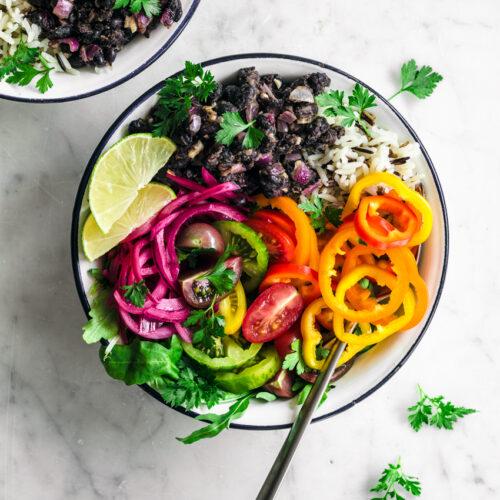 Summer Harvest Vegan Burrito Bowl | occasionallyeggs.com