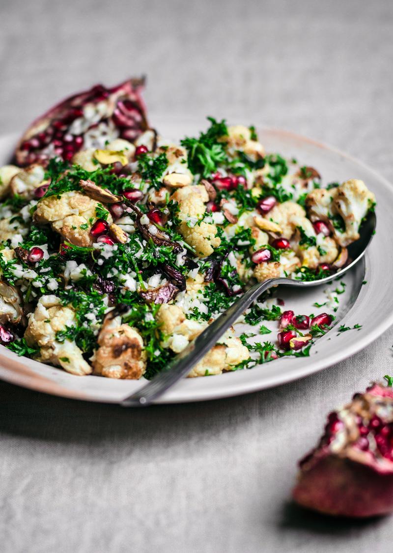 Cauliflower, Pomegranate, and Pistachio Salad | occasionallyeggs.com #ottolenghi #simple #cauliflower