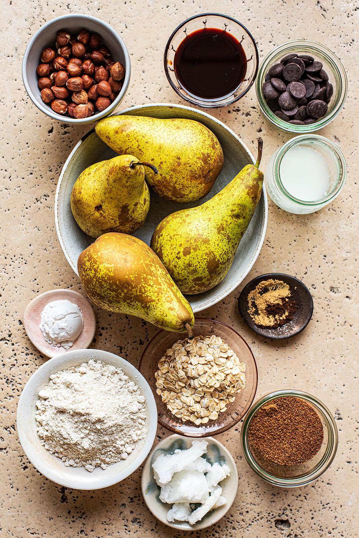 Pear crisp ingredients.