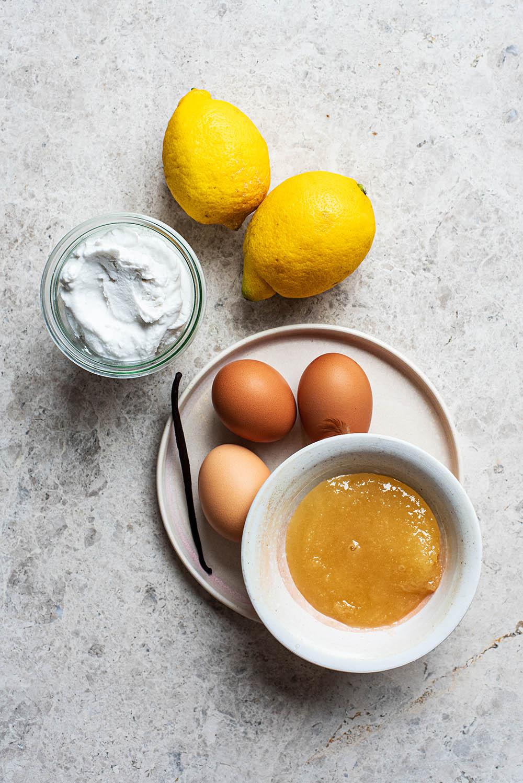 Lemon ice cream ingredients.