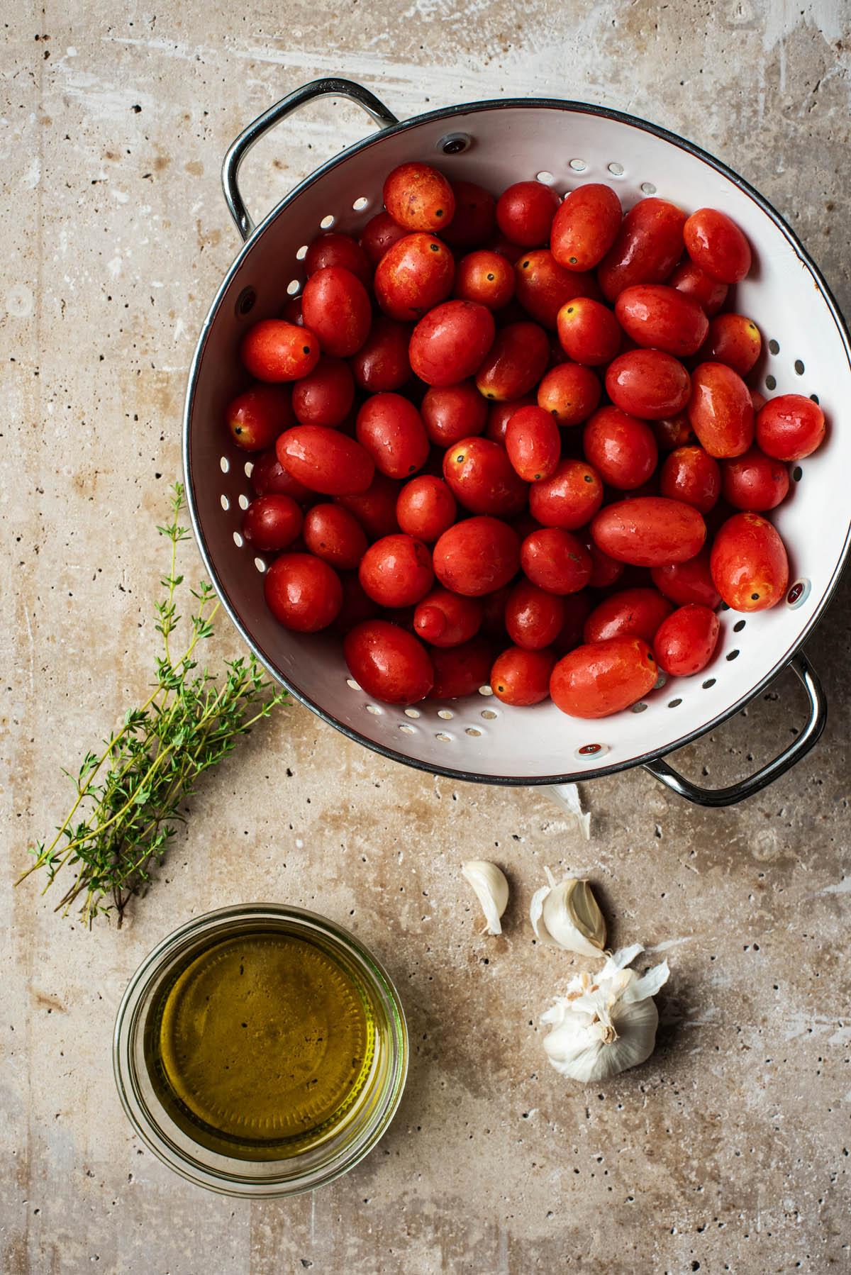 Tomato confit ingredients.