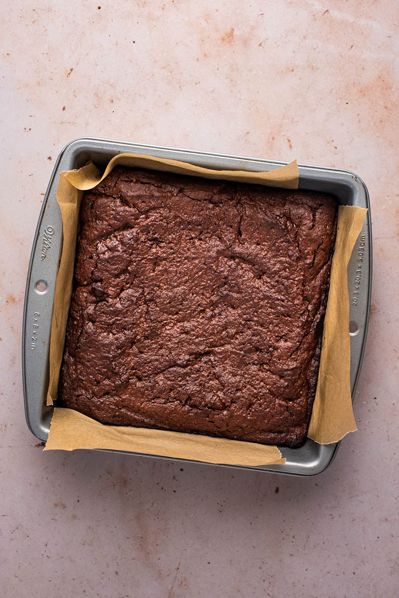 Baked brownies in the square tin.